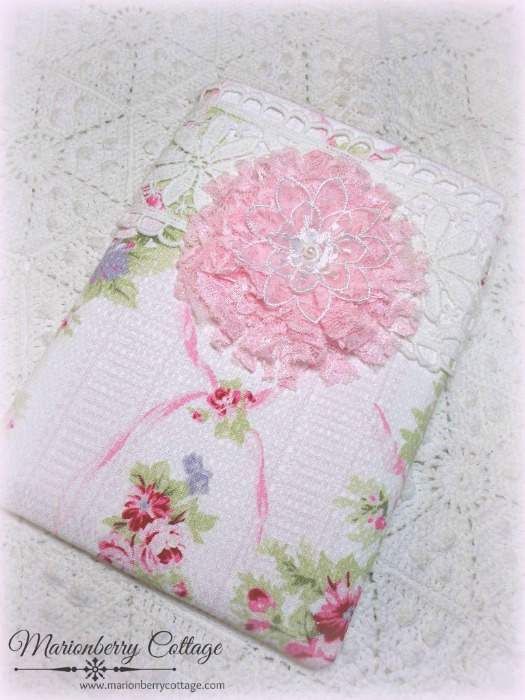 Kindle/tablet/Ipad mini Sleeve Pink roses barkcloth