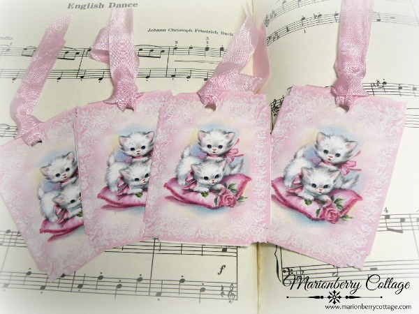 GIFT TAGS Vintage kittens on a pink pillow and roses