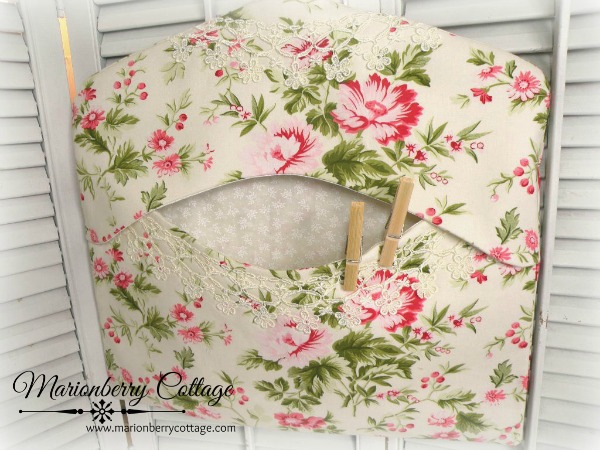 Clothes pin/lingerie/laundry bag Shabby vintage cottage florals
