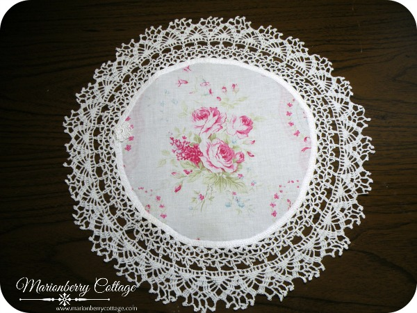 Vintage round Crochet doily sweet pink roses