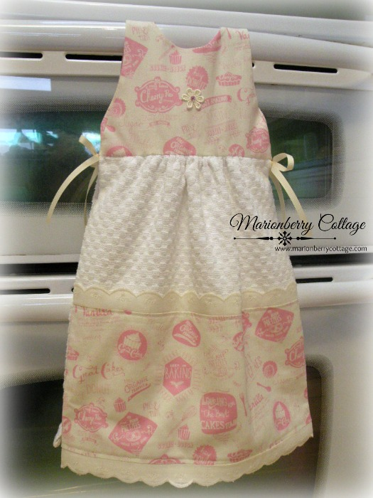 SUN DRESS hanging towel Retro Cafe Bakery toile Pink on ivory