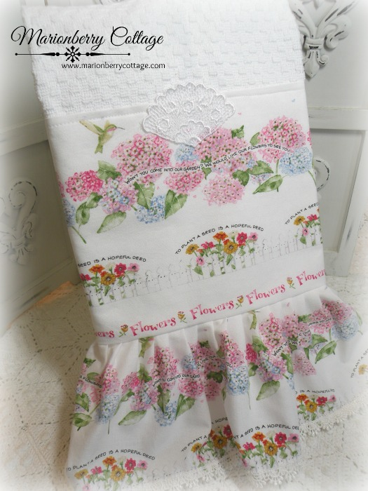 Susan Branch cottage garden Kitchen towel