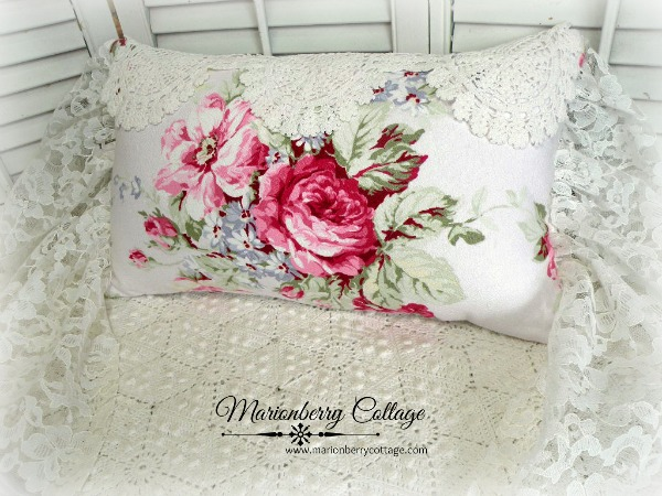 Victorian romance Barkcloth Roses and Lace pillow