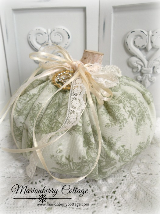 Cottage Green Toile punkin 8""
