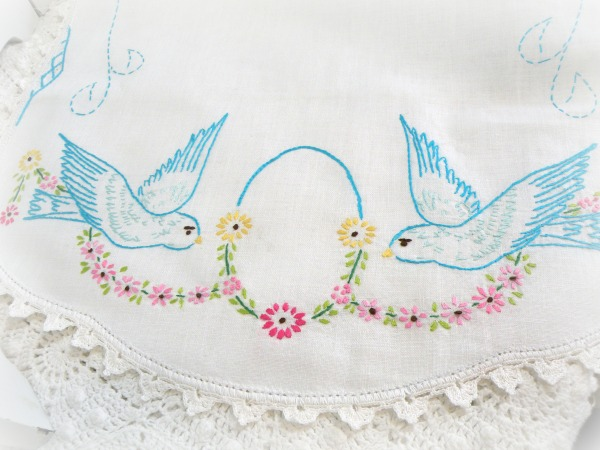 Vintage embroidery crochet Blue Birds Dresser Scarf Runner
