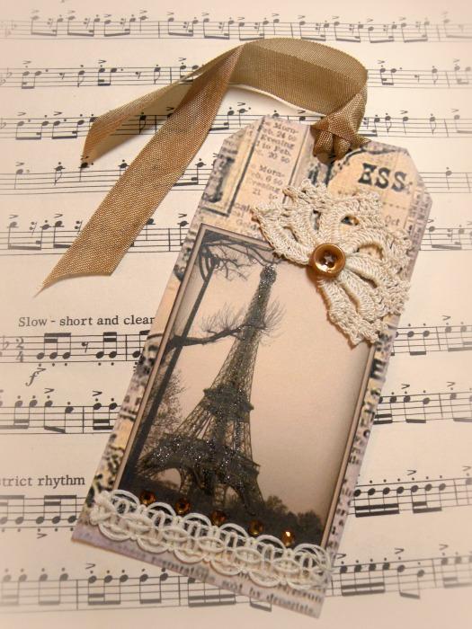 Eiffel Tower gift tag