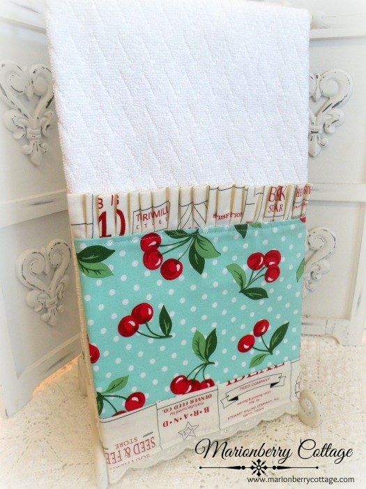 Farmhouse labels with cherries Kitchen towel