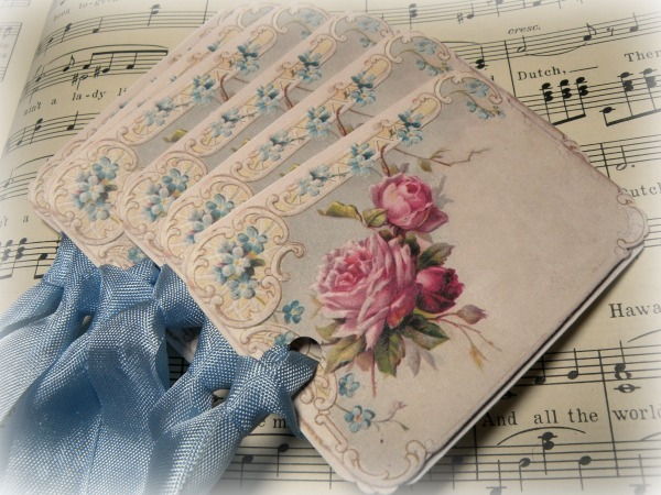Gift tags Vintage roses and forget me nots
