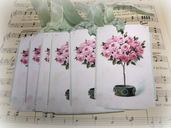 GIFT TAGS  Victorian Rose topiary