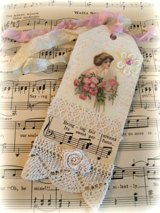 Vintage Romantic Lace gift tag