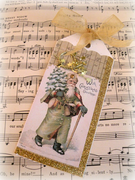 Vintage Santa in green with stars gift tag