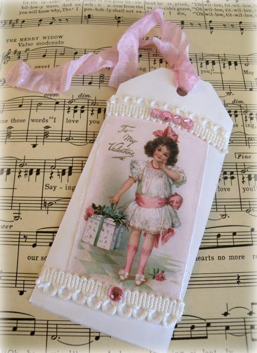 Vintage Valentine Girl gift tag