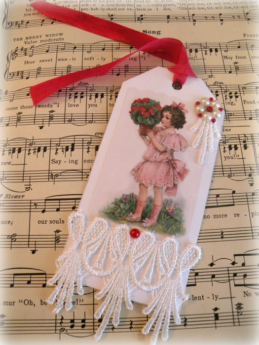 Sweet girl with bouquet gift tag