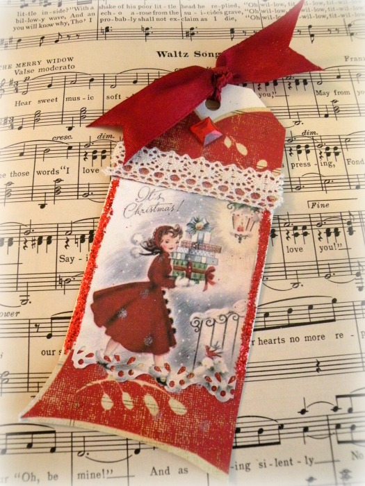 Retro Christmas gift tag
