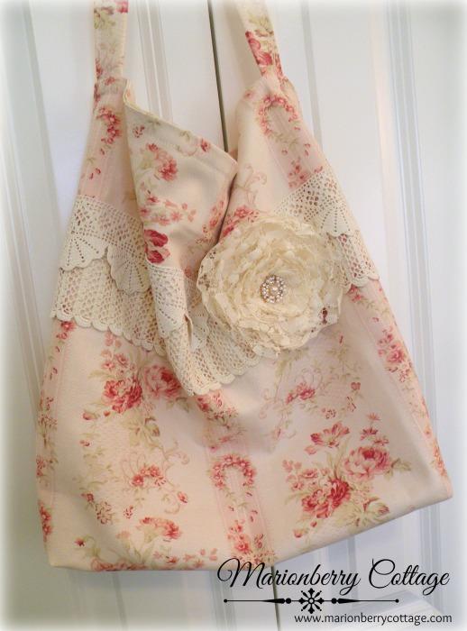 Soft roses stripe Market Tote