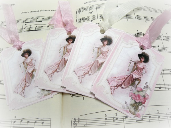 Gift tags Victorian Lady in pink