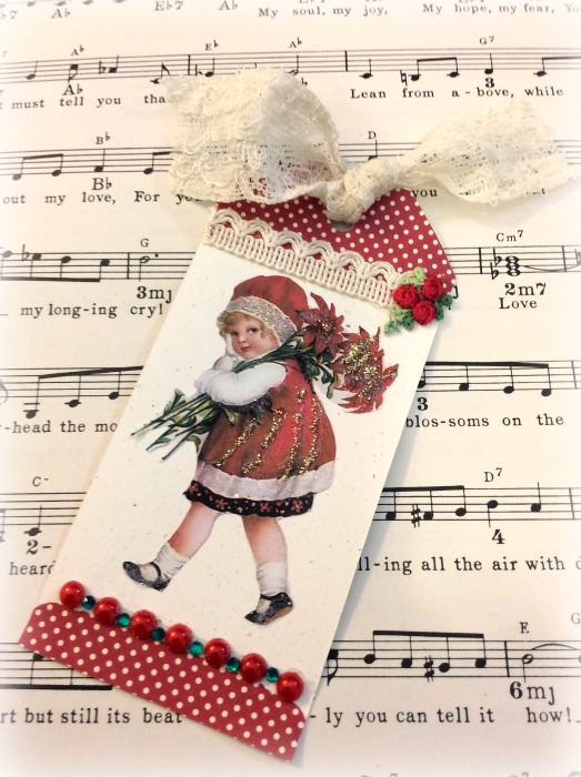 Vintage girl Christmas tag
