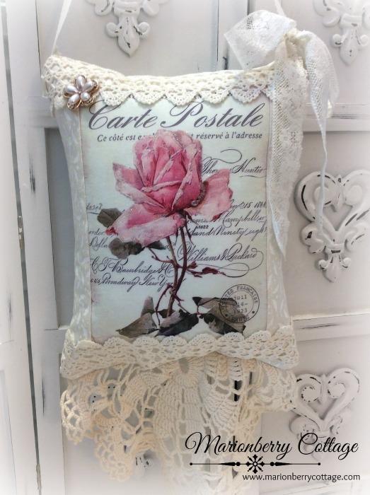 French script KEEPSAKE Gift Pillow w/matching tag Single pink rose