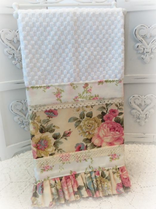 Pink Roses on buttercream Kitchen towel