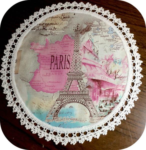 Paris pink Eiffel tower doliy vintage crochet trim