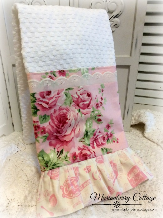 Ava Roses Cottage Charm Kitchen towel